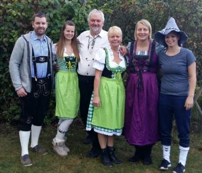 Hopfenhexes Oktoberfest-familie